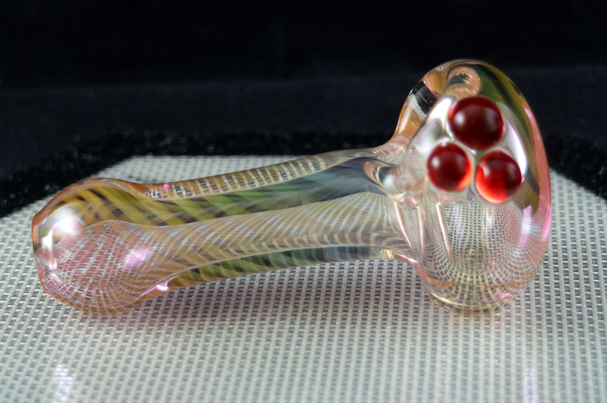 Garden of Eden Glass – Gold and Silver Fumed Spoon
