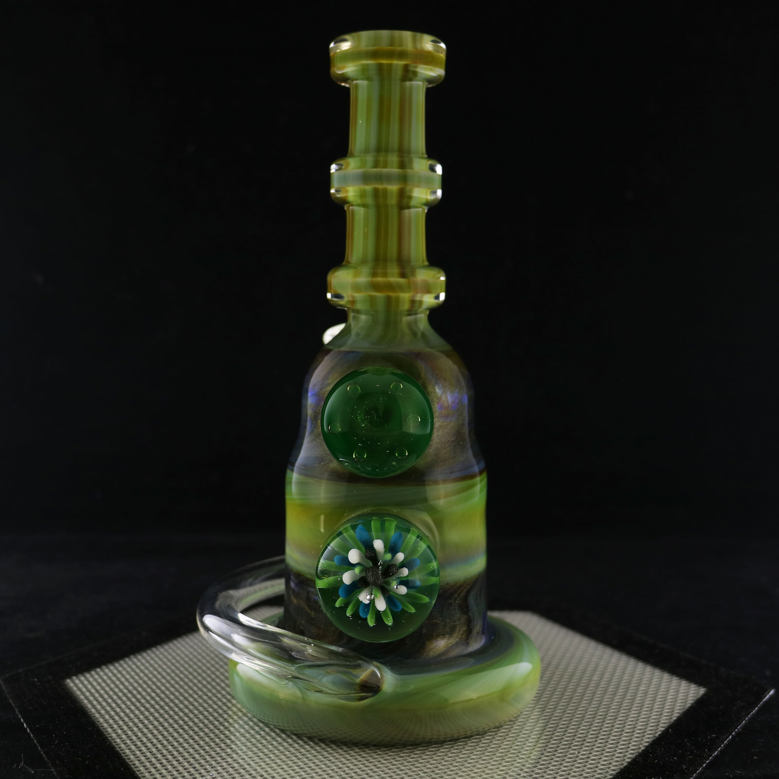 Philpot Glassworks – Spinnerjet with Air Trap and Implosion Marble