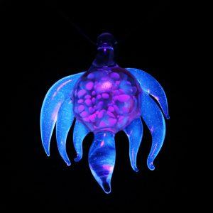 B Hold Glass UV Pendant