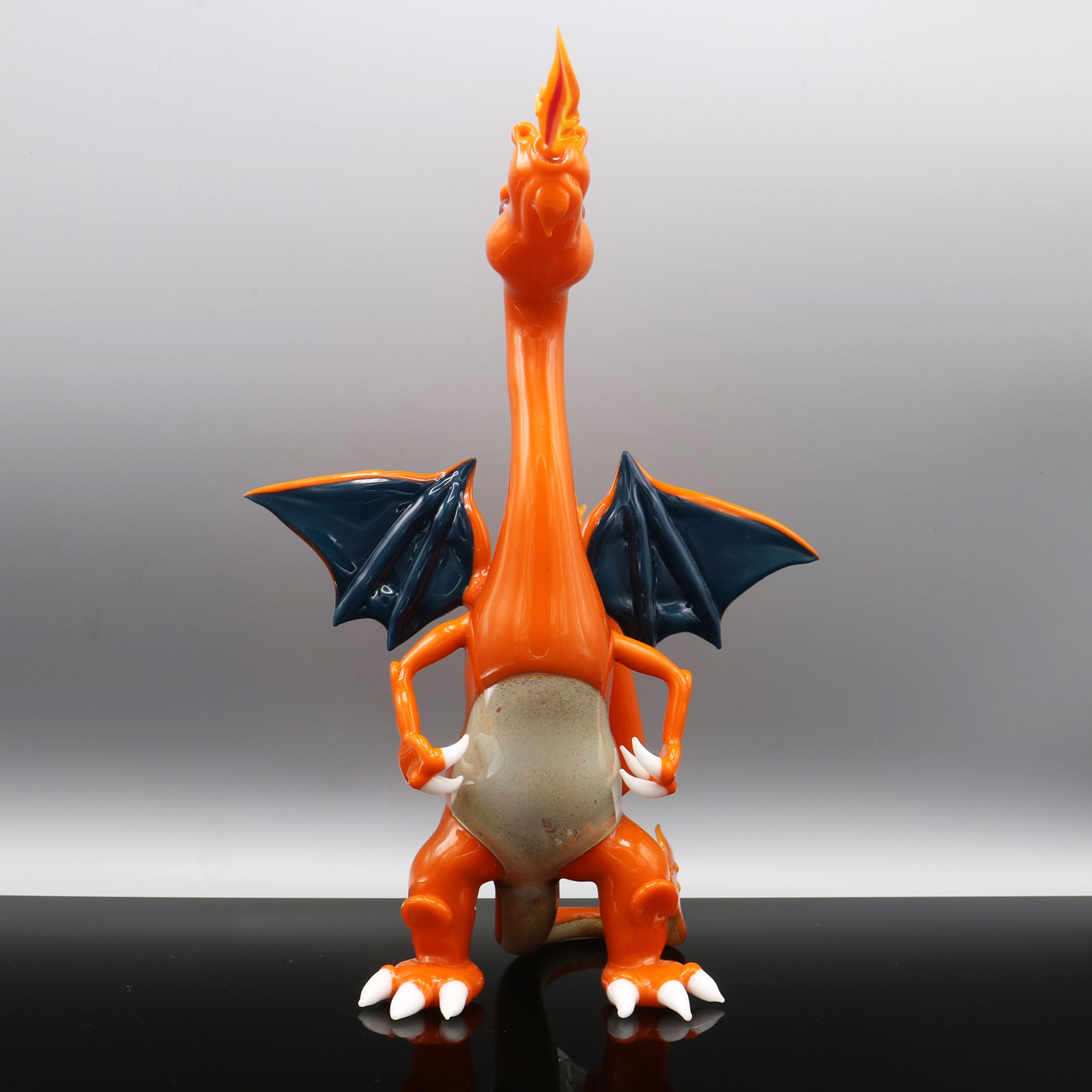 Hendy Glass – Charizard Pokemon Set