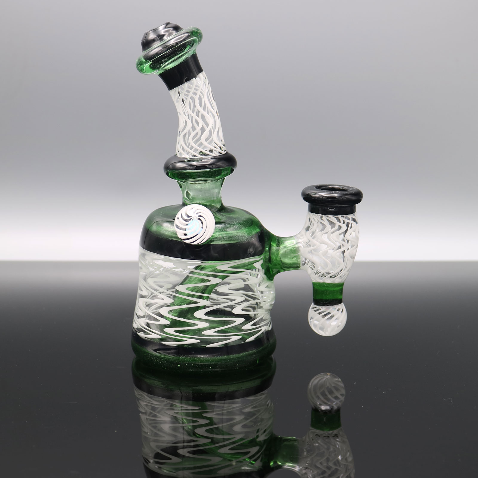 Chappell Glass – Green and White Banger Hanger