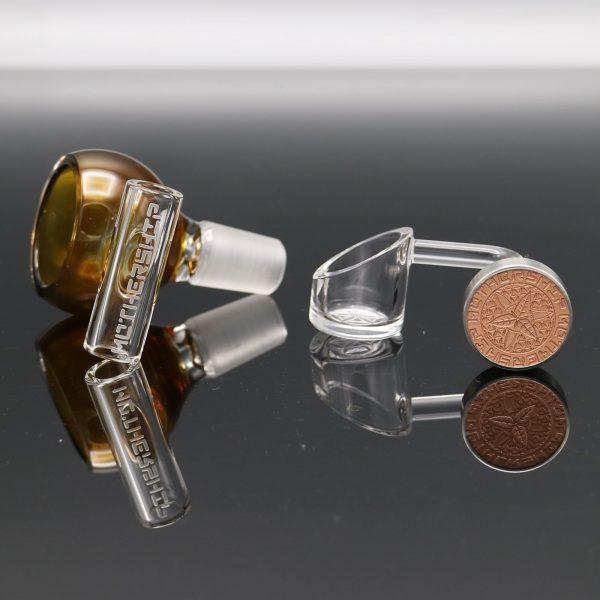 mothership-glass-brown-megapot-2