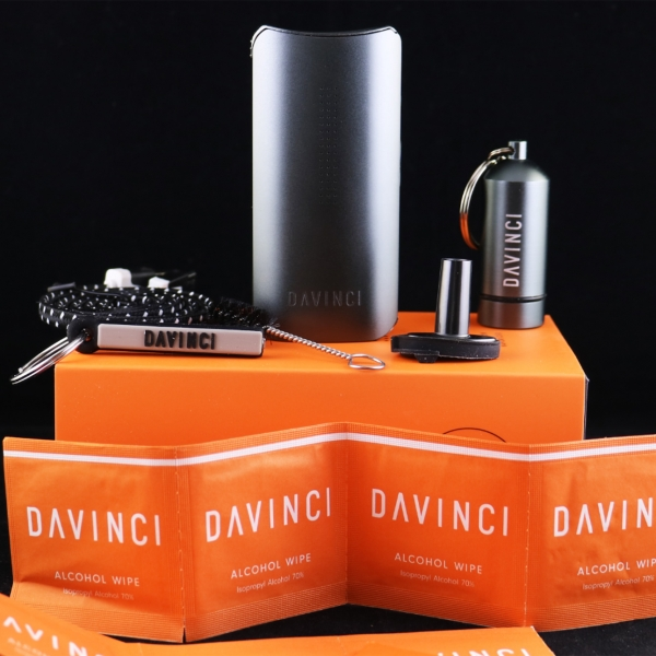The DaVinci IQ